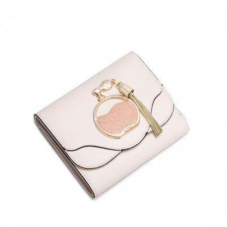 https://evangarda.pl/data/include/cms/BLOG/pol_pl_NUCELLE-Krotki-portfel-z-motywem-perfum-rozowy-4053_1.jpg