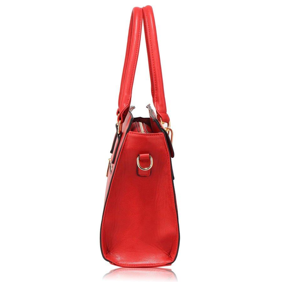 b4dc02fcc1b88 ... Czerwona torebka damska lekka i klasyczna Kliknij, aby powiększyć ...