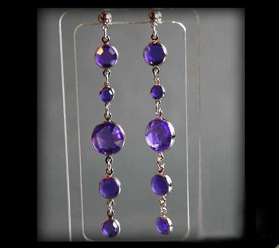 Długie wiszące kolczyki z fioletowych kryształków